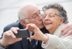 Senioren Paar Selfi